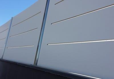 Valla compacto fenolico modelo plafon troquelado color blanco