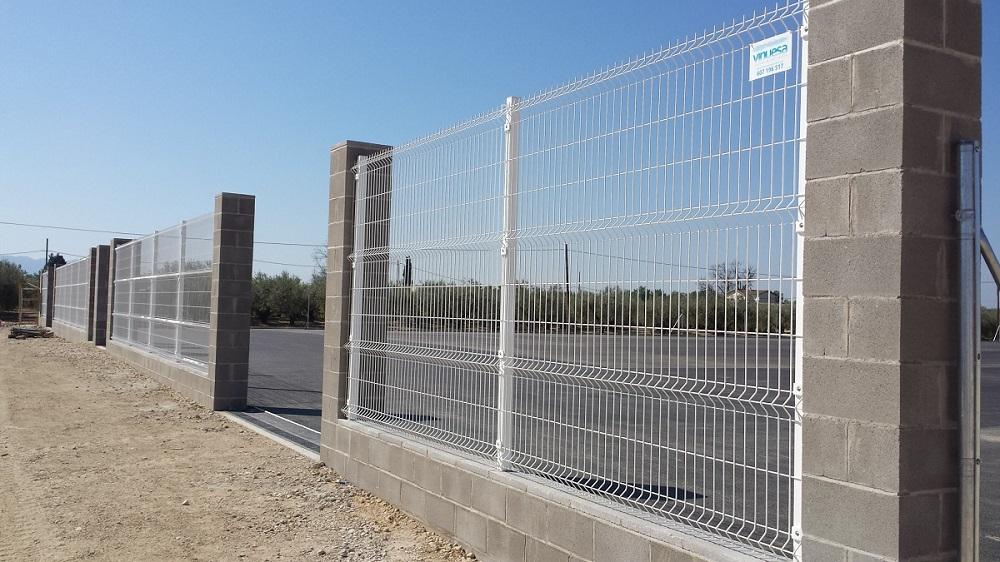 Vinuesa vallas cercados modelos valla verja malla - Puertas de valla ...