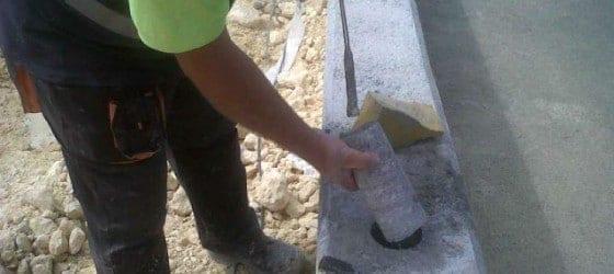 Colocación postes de valla