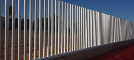 Verja Empalizada atornillada a muro PB