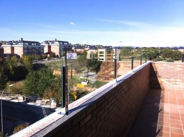 Vinuesa vallas cercados valla cristal y acero inoxidable terrazas vinuesa vallas cercados - Vallas de acero inoxidable ...