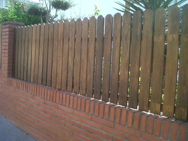 Vinuesa vallas cercados valla de madera con lamas canto for Cercados jardin