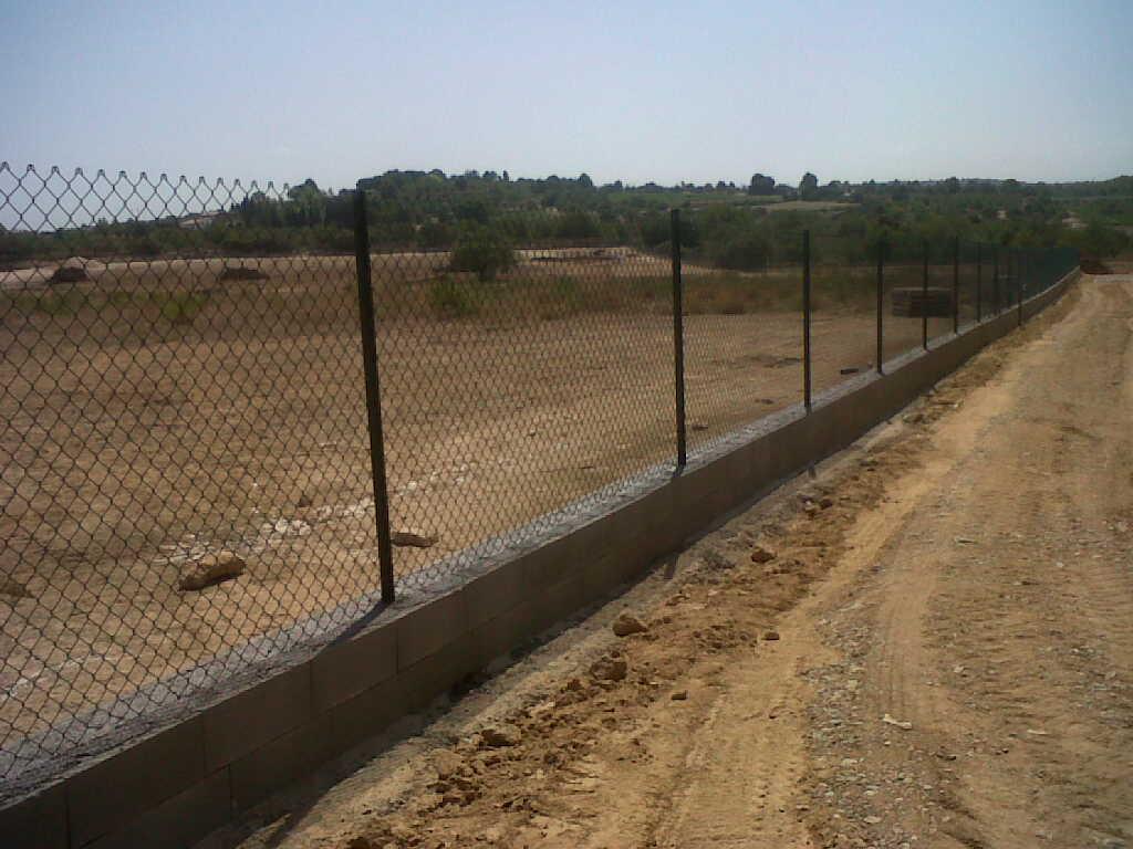 Vinuesa vallas cercados obras de vallado con cercados y verjas vinuesa vallas cercados - Vallado de fincas precio ...