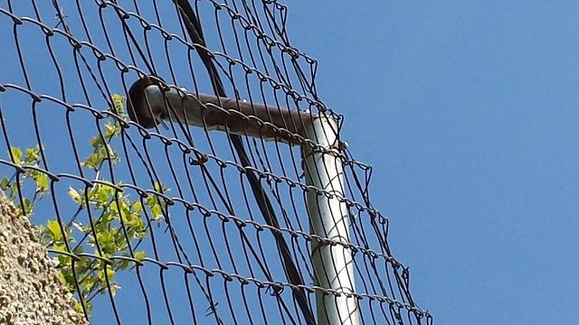 Poste de cercado oxidado