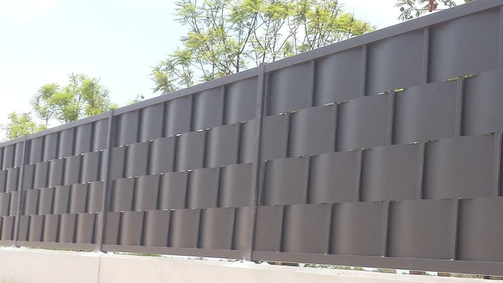 Vinuesa vallas cercados modelos de valla verja for Valla jardin pvc