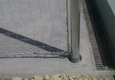 Montaje red postes deportiva