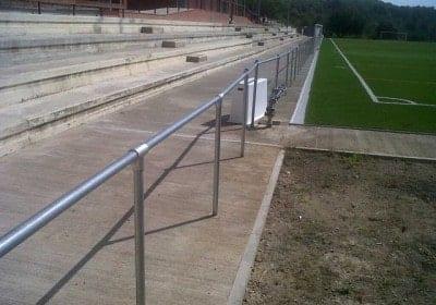 Barandilla tubo deportiva campo futbol