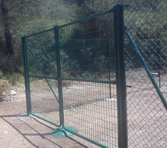 Puerta metálica Malla electrosoldada plastificada